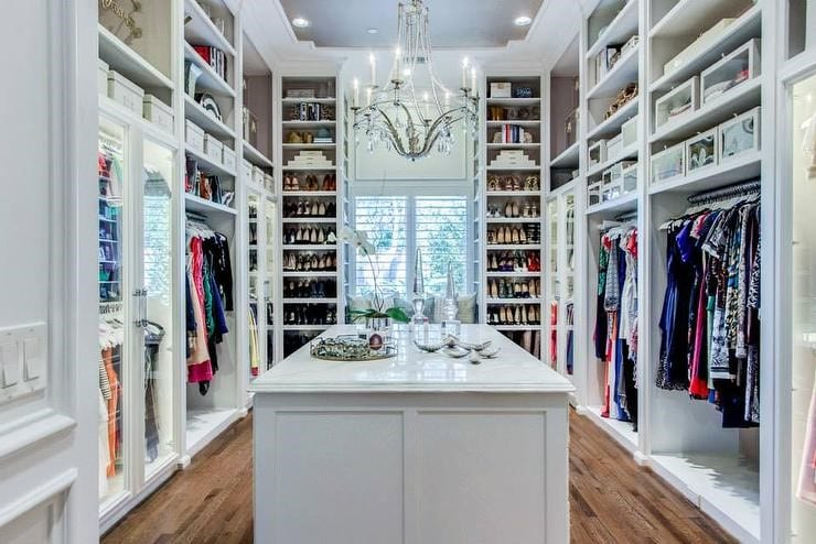 Customized Closets